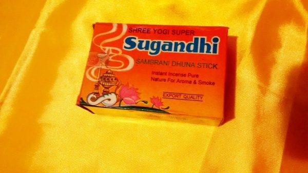 Sugandhi henger füstölő